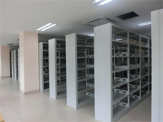 图书馆钢制书架
