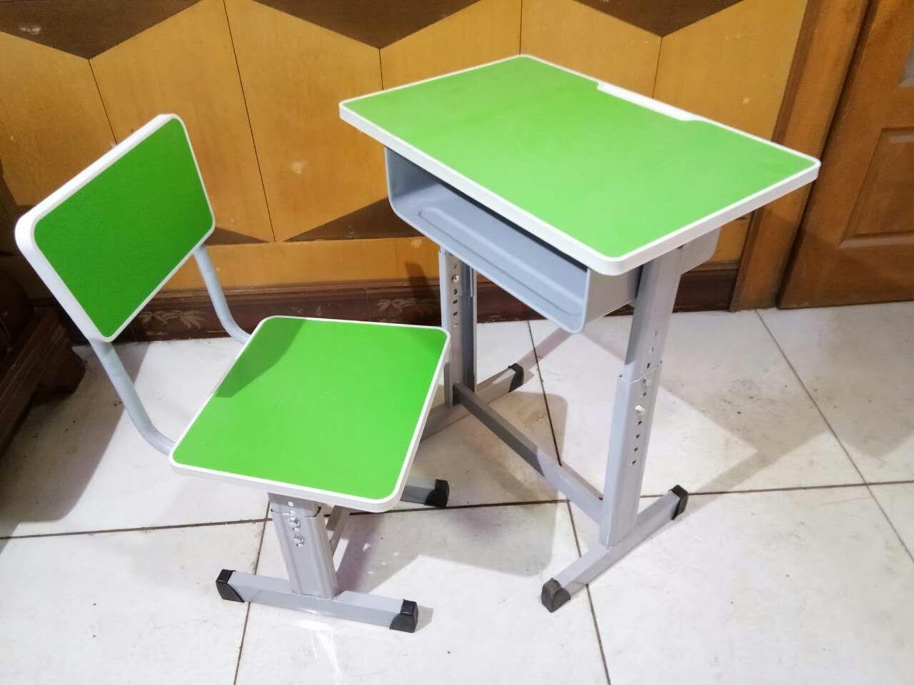 单柱升降课桌椅